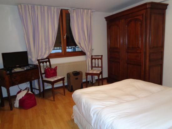 Une chambre photo de auberge du rempart eguisheim for Chambre auberge