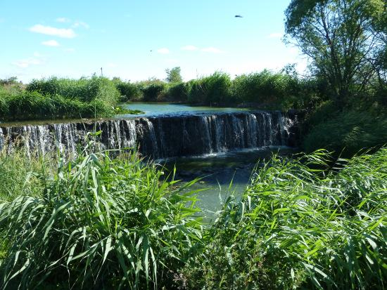 Wudalianchi (Five Big Linking Lakes) : Водопад