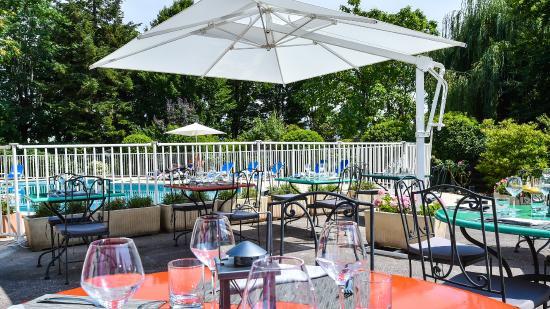 Mercure Beaune Centre : Restaurant Terace