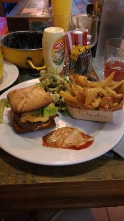 Le burger + frites maison
