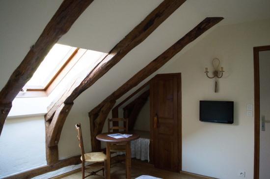 Saint-Agreve, ฝรั่งเศส: Chambre mansardée