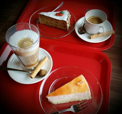 Swiss Cafe Konditoria: ❤