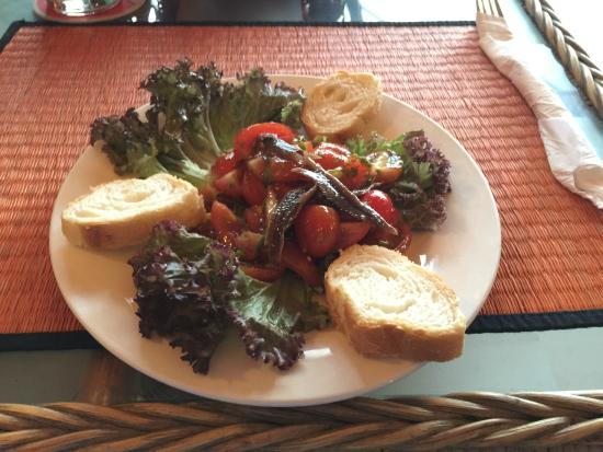 Blue Dolphin : Tomato and Anchovy Tapa