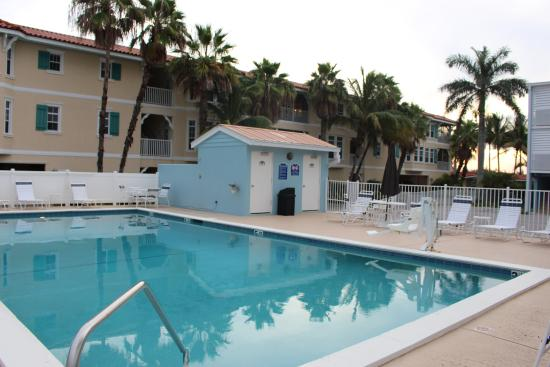 Silver Surf Gulf Beach Resort Outdoor Pool