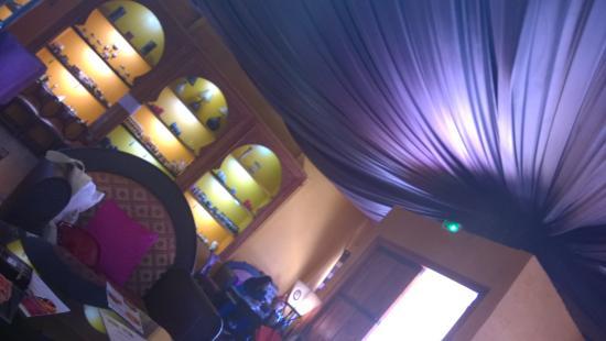 restaurant marocain photo de le hammam sarah saint denis tripadvisor. Black Bedroom Furniture Sets. Home Design Ideas