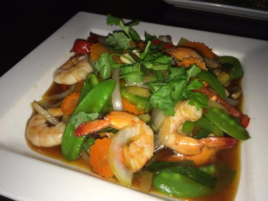 Volcano stir fry with shrimp picture of saigon kitchen for Asia cuisine ithaca
