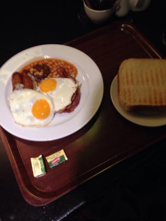 Bracken Court Hotel: photo1.jpg