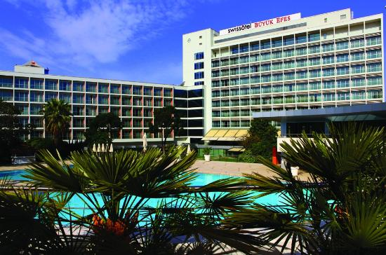 Swissotel Grand Efes Izmir: hotels & grounds
