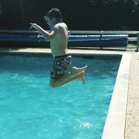 Fauxquets Valley Farm Camping: Swimming pool fun!