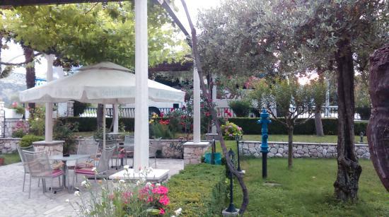 Hotel Metkovic: vrt