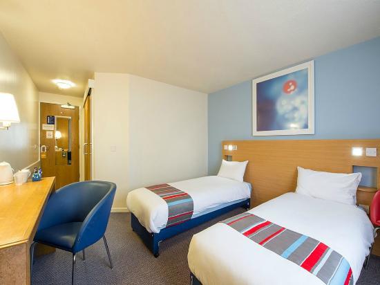 Burton, UK: Twin room