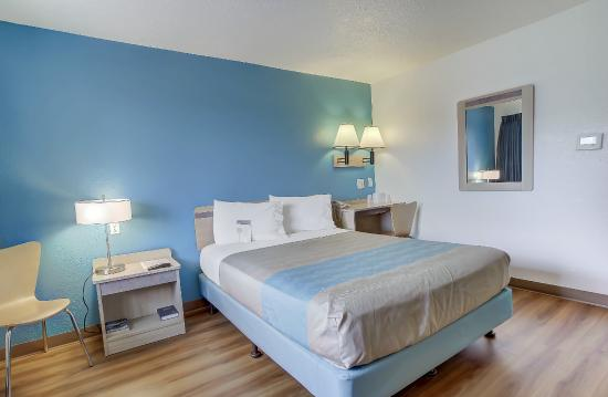 Motel 6 Coos Bay: Guest Rooom
