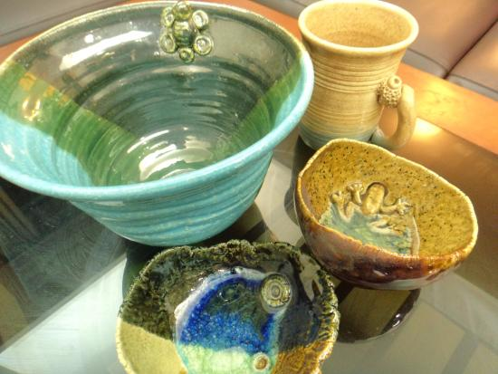 Langkawi Craft Complex ( Kompleks Kraf Langkawi ): Local hand made ceramic from the craft complex - RM120 in total