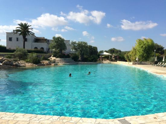 Piscina externa picture of masseria san domenico savelletri tripadvisor - Masseria in puglia con piscina ...