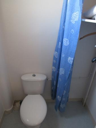 Hotel du Chateau: Locale WC