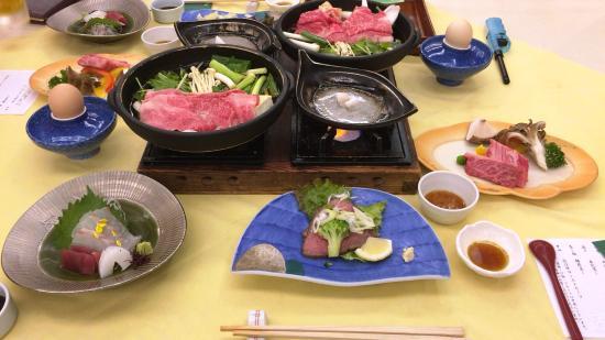 Qkamura Ohmi-Hachiman : コースのお肉料理。まだまだあります+バイキング。