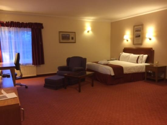 Holiday Inn Corby: Suite at Holiday Inn Kettering
