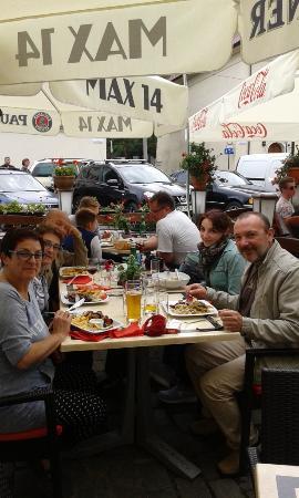 Restauracja Max14: Para comer en el barrio judío de Cracovia