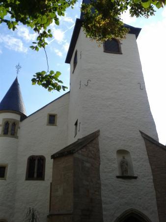 Diekirch, Luxemburgo: Des petites entrées  et petites fenètres