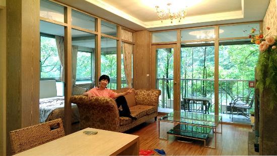 Ying Xiang Zhi Lu Camping & Food