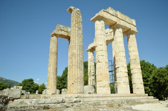 lavatoi degli atleti - Picture of Ancient Nemea, Nemea ...