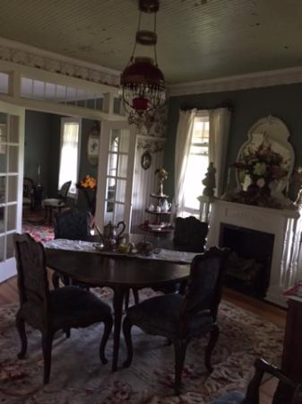 Rose Hill: A Country Inn: Breakfast room