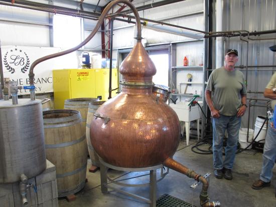 Lebanon, KY: The copper bear still, and it's doubler, in production
