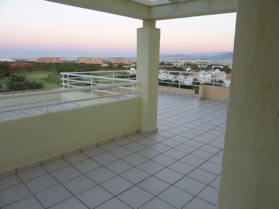 Apartamentos Fénix Beach: la gran terraza