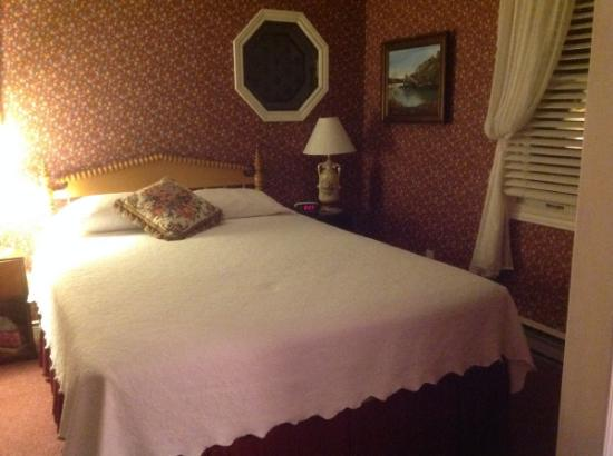 Cranberry House Bed & Breakfast: Upper floor bedroom