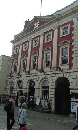 Mansion House facade