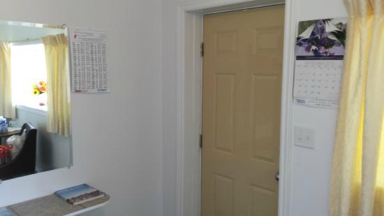 The Sunshine Inn : Entry
