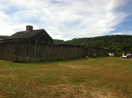 Charlestown, NH: Fort