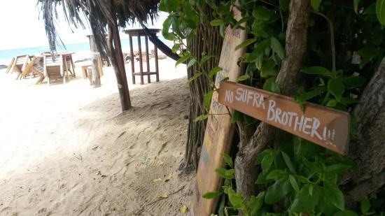 Beto's Beach Bar Hotel: Bar