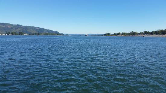 Cathlamet, วอชิงตัน: From the Oscar B ferry