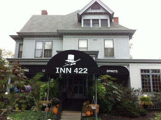 Inn 422