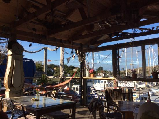 Bryggcafe: Deck
