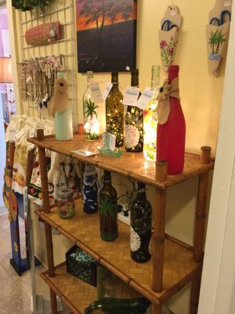 Ruskin, Флорида: Always such fun decor and items.  Love stopping here!