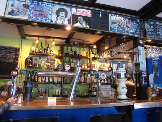 Kaffé 1870 : The bar.