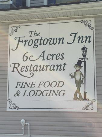 The Frogtown Inn: Sign