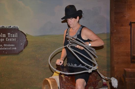 Chisholm Trail Heritage Center : Try your lassoing from a mechanical horse
