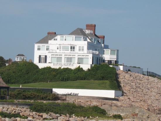 home of taylor swift picture of watch hill lighthouse. Black Bedroom Furniture Sets. Home Design Ideas