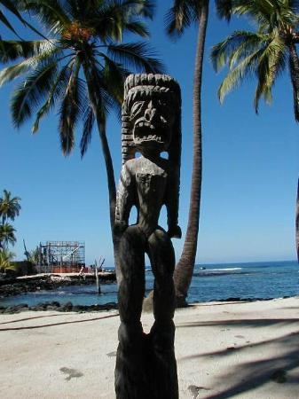 Honaunau, HI: One of the Tikis in the sanctuary