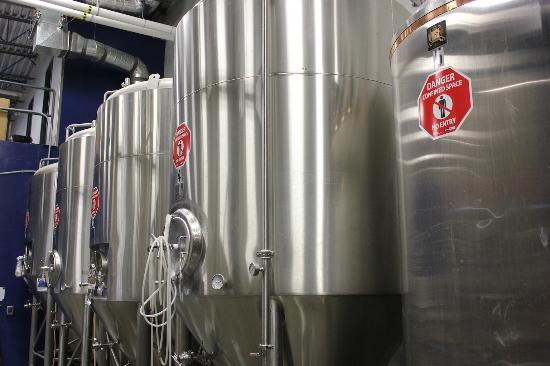 Cannery Brewing: Tanks