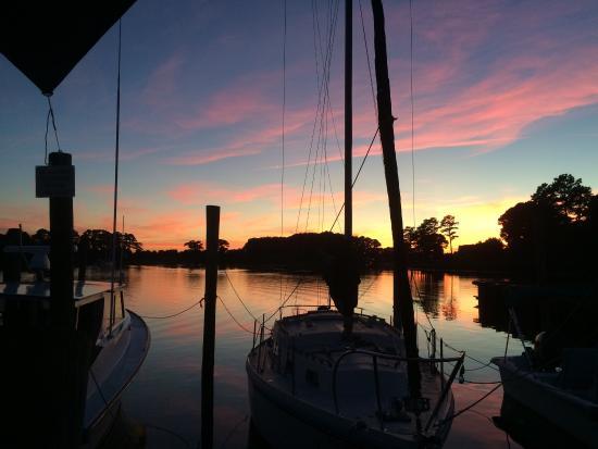 Onancock, VA: Sunset view while enjoying a wonderful dinner.