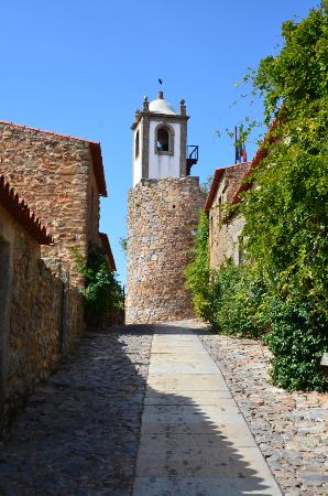 Figueira de Castelo Rodrigo, Portugalia: Rua de Castelo Rodrigo