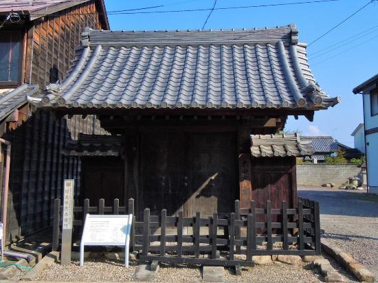 Nakasendootajuku : 皇女和宮が嫁ぐ際に新築された旧太田宿本陣門