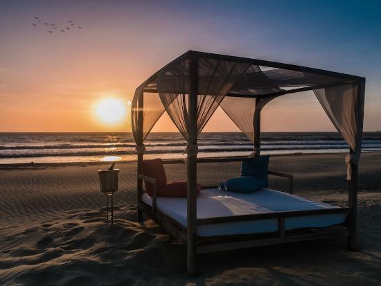 Karmairi Hotel Spa: Playa