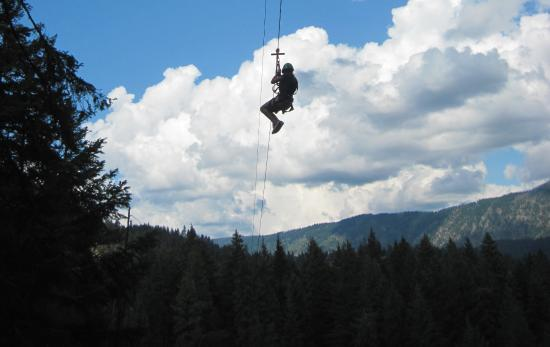 ‪Leavenworth ZipLines‬