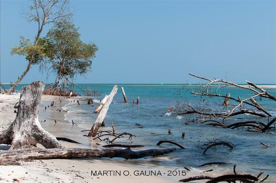 Mangue Seco Beach