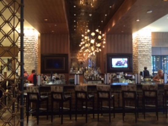 Jw Marriott Austin Lobby Bar And Sitting Area